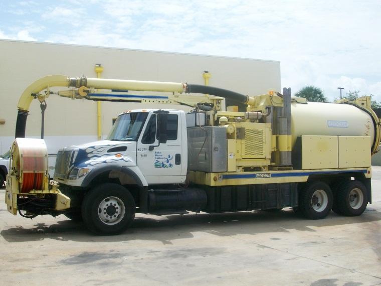 Large Toho Water Authority Truck