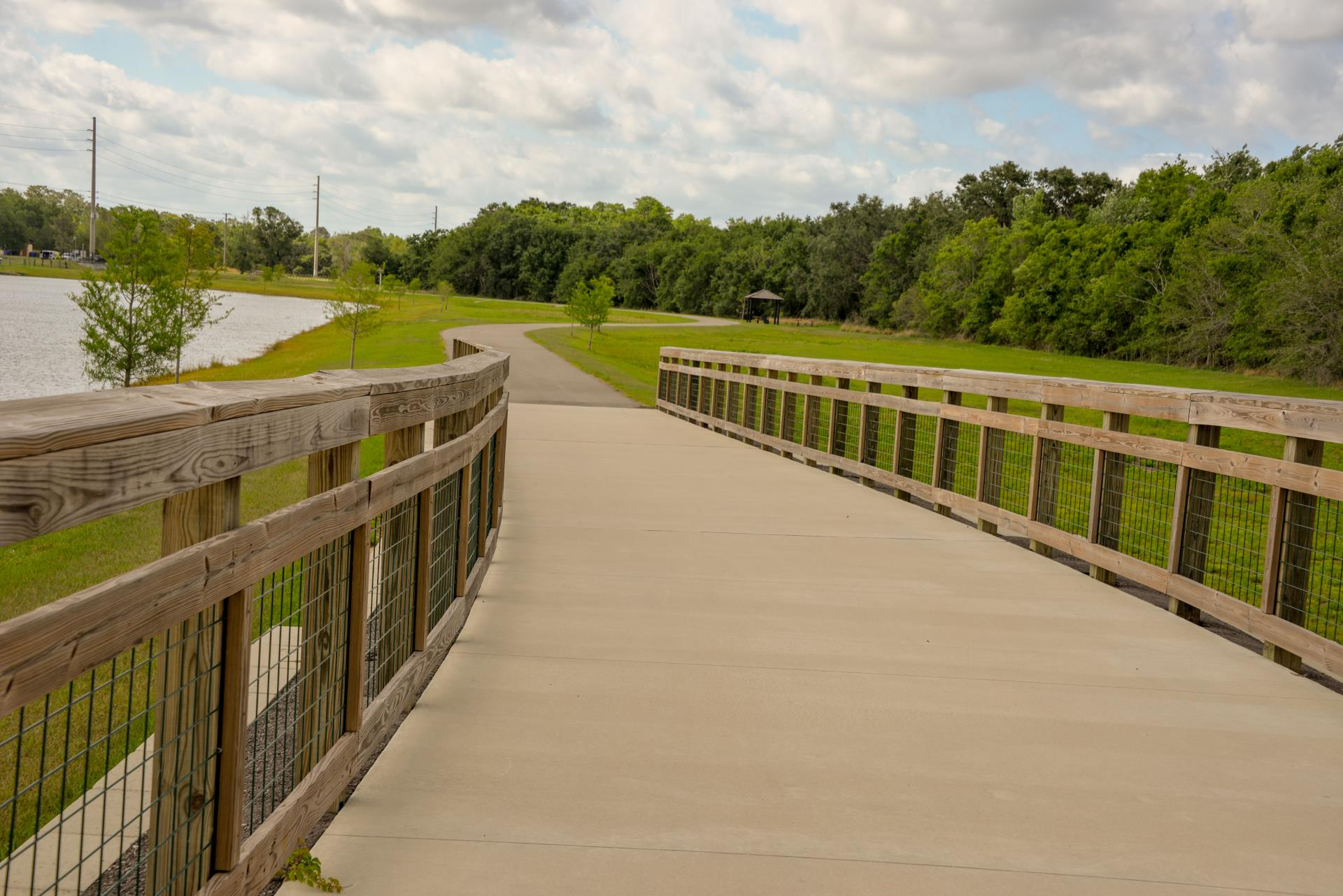 Shingle Creek Regional Trail Overlook onto Path with lakeview