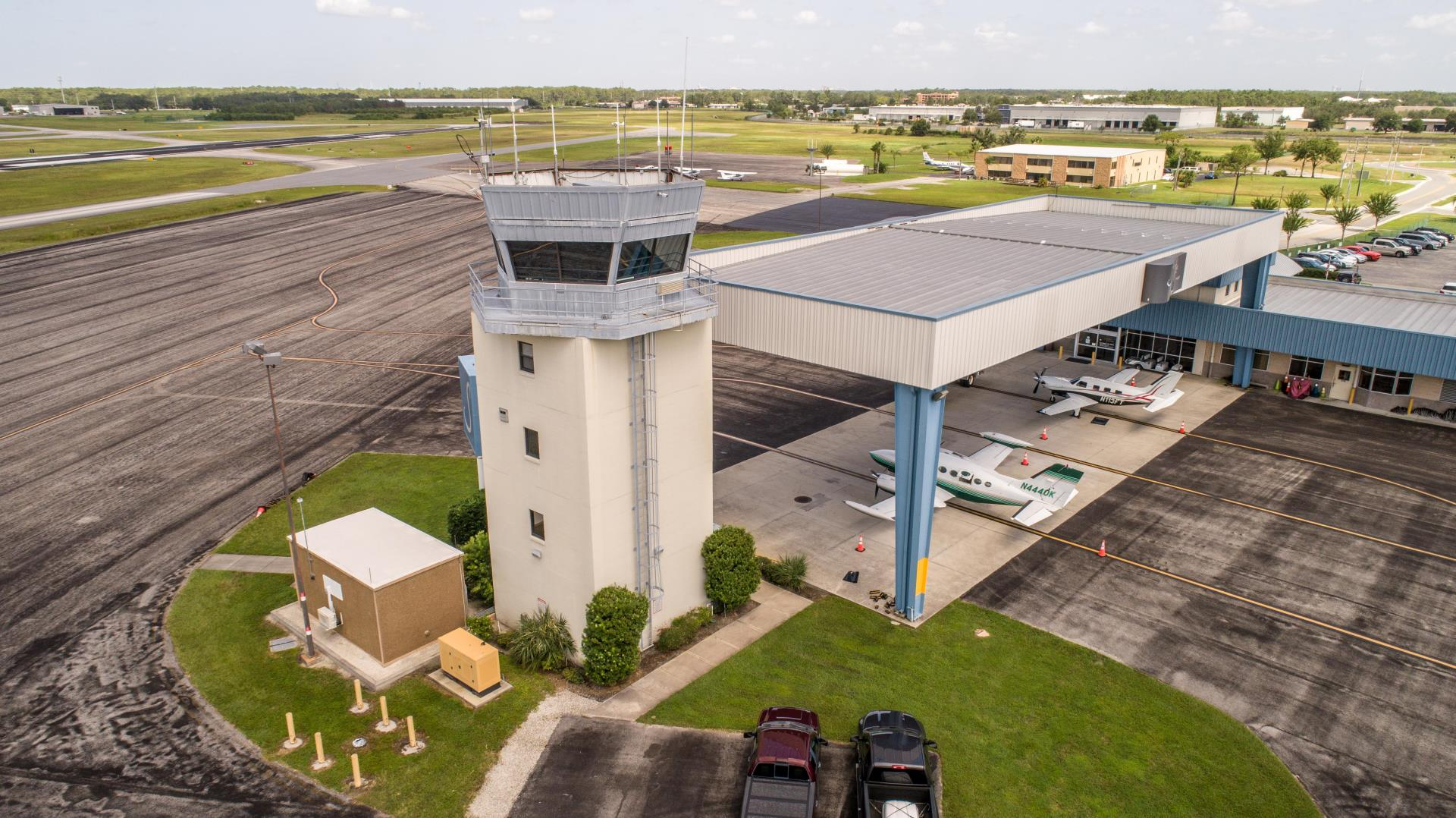 Kissimmee Gateway Airport Tower and planes