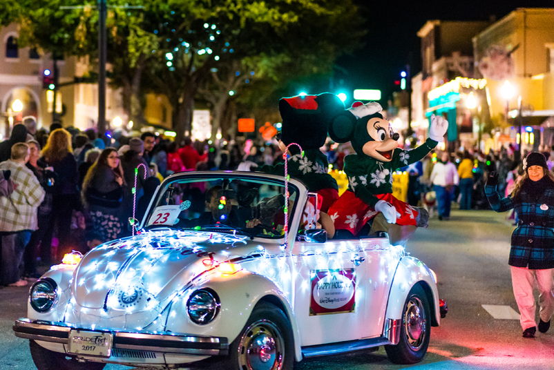 Kissimmee Festival of LIghts Parade city of kissimmee downtown kissimmee parade floats